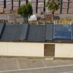 屋根専用温熱環境実験棟の中って、のぞくと意外にすごいですよ!
