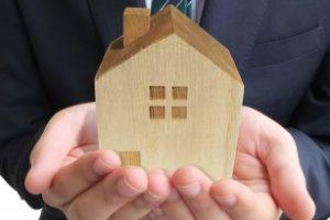 【新築を建てる前に】屋根のデザイン一つで125万円も損するかも。知っておきたい屋根デザインの知識(軒の出がない~軒ゼロ住宅)