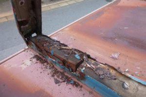 築30年の金属屋根の解体調査・・・金属裏面の錆、木部の腐朽、必見ですよ~!
