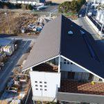 ドローンで自社の事務所屋根を屋根点検・撮影しました! 3階屋根もバッチリです!