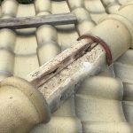 瓦屋根の台風被害 S形の冠瓦が飛散した主原因はくぎ留め!
