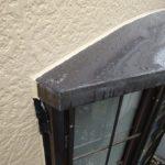 意外と多い?出窓からの雨漏り 全塗装しても止まらなかった事例