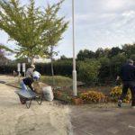 外淵公園清掃活動です いよいよ落ち葉の季節になりましたね (-_-;)