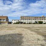 港小学校の増築された校舎がほぼ完成しましたよ まだ机は入っていませんが・・・ (^o^)/
